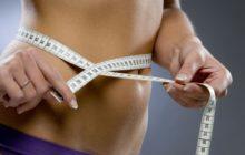 Измерение талии сантиметром