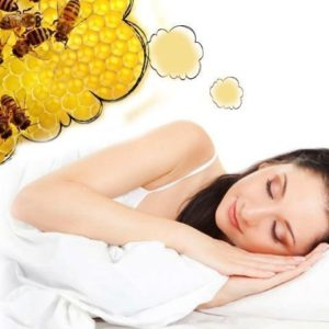 Женщине снятся пчелы