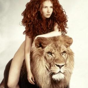 Точный гороскоп на январь 2021 года для женщины-Льва
