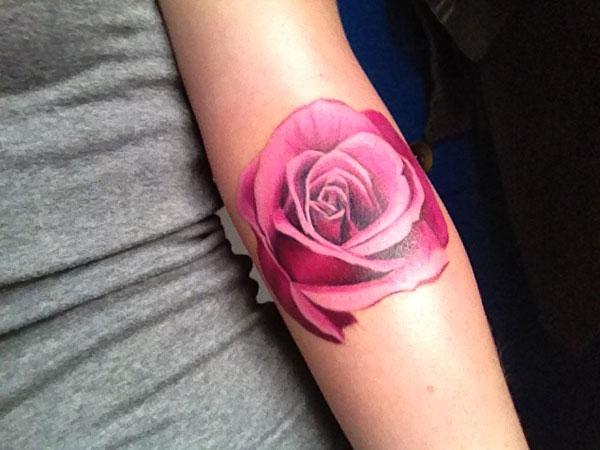 "Тату ""Роза"" на руке"