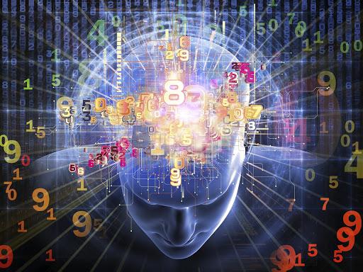 Цифры в 3D-модели человеческой головы на фоне матрицы